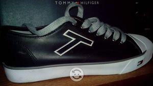 Tommy Hilfiger Originales azules talla 8 MXN
