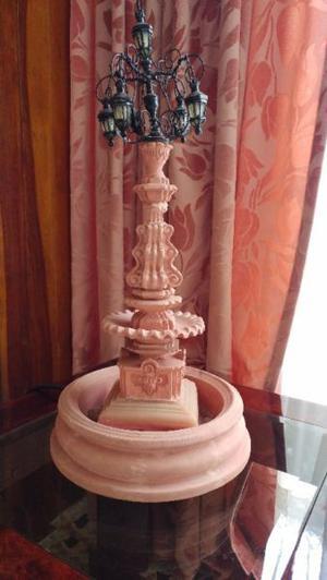 Fuente con lámpara