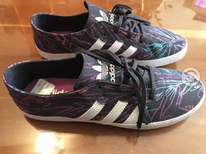 Tenis Adidas Originals nuevos 24.5