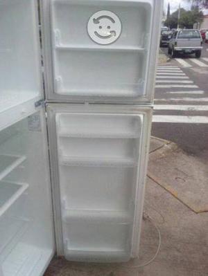 Refrigerador LG en excelentes condiciones