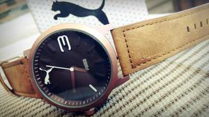 Bonito reloj puma correa de piel