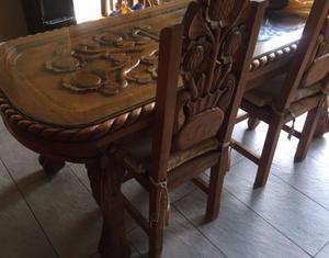 Comedor de madera rústico c/ 6 sillas y trinchador