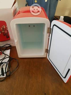 Miño refrigerador coca cola