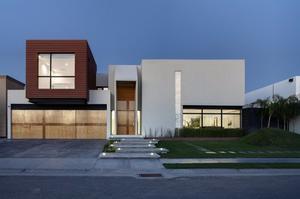 Construcción, remodelaciones y ampliaciones de casas,