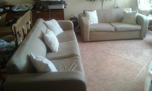 sala de 2 piezas un love seat y un sofa 3 plazas beige
