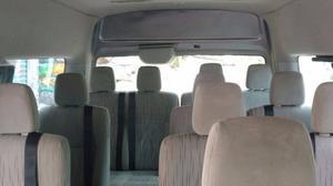 renta de camionetas 12 a 14 pasajeros