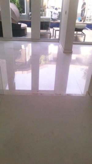 Pulido y desbastados de pisos de marmol