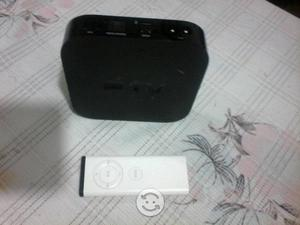 Apple TV. Contro y cable HDMI 3a. generaciòn negro