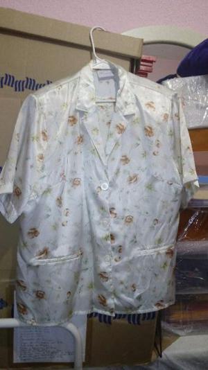 ¡¡¡remato!!! Conjunto de 2 piezas saco y blusa floreado