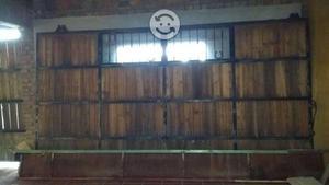 Porton grande rustico herreria con madera