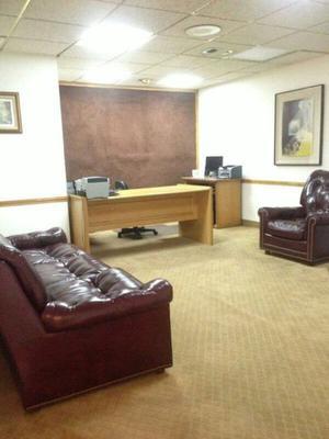 Muebles de oficina usados lopez morton posot class for Se vende muebles usados