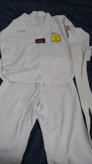 Uniforme de taekwondo niño
