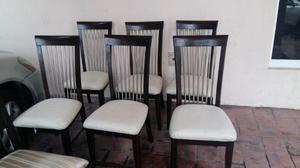 Comedor de Madera y 6 sillas, bufetero