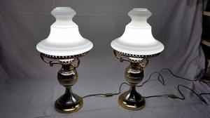Juego de dos lámparas de buró antiguas