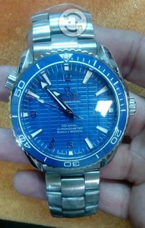 Reloj Omega Seamaster Planet Ocean 007 skyfall