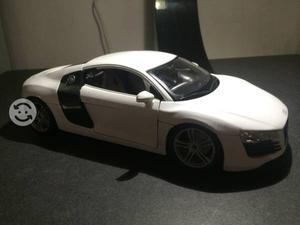Audi r8 a escala 1/18