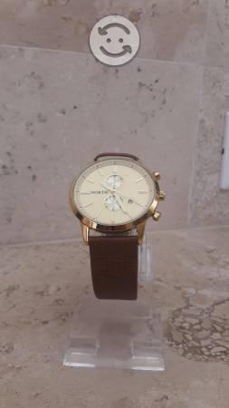 Reloj North luxury (mas un reloj de regalo)