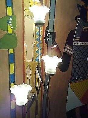 lampara de pedestal moderna nueva