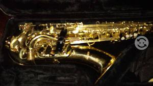 Cambio Sax tenor Mercury con estuche original