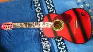 Guitarra de la marca Gilb electroacústica