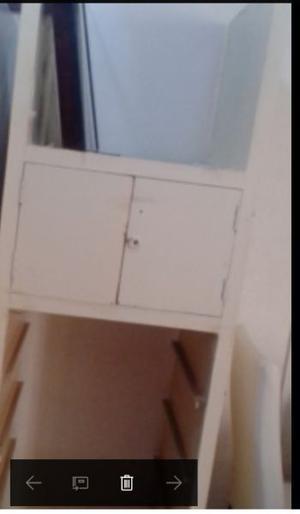 Regalo Mueble blanco de ropero