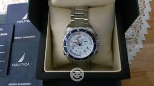 Reloj NAUTICA chronografh edición especial