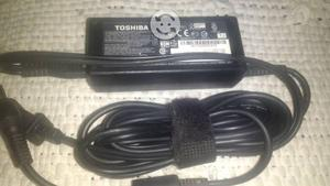 Se vende laptop Toshiba para reparar
