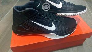 Tenis Nike nuevos talla 26