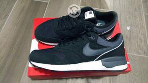 Tenis Nike nuevos talla 27 y 28