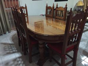 Comedor y mueble trinchador de cedro