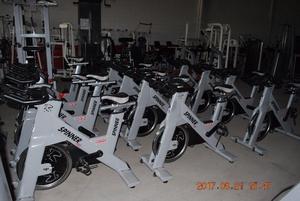 Gimnasio completo hammer strength life posot class for Aparatos de gym