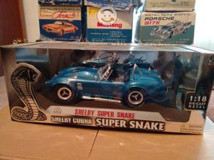 Shelby Cobra 1:18 nuevo
