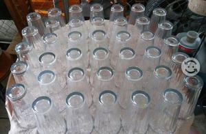 50 vasos de vidrio nuevos