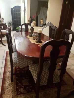 Elegante comedor con 6 sillas