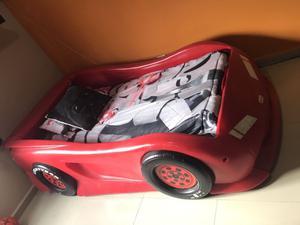 Vendo Cama Cars Little Tikes Roja
