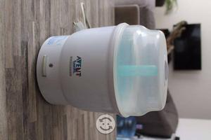 Esterilizador eléctrico de biberones marca Avent