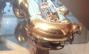 Saxofón alto yamaha jas-21 japones