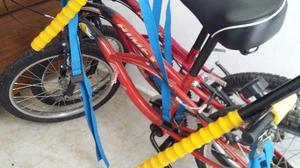 Vendo dos bicicletas como nuevas, con su soporte para el
