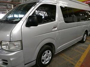 Renta de Camioneta Toyota