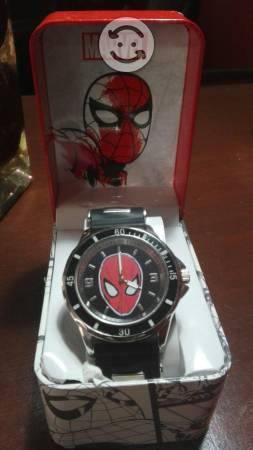 Reloj de Spiderman nuevo en caja