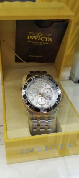 Reloj para caballero marca INVICTA originales de EUA