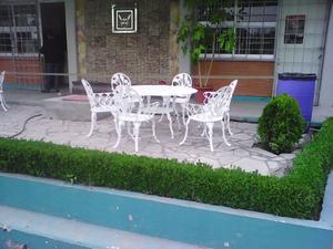 Salas y comedores para jardin tonal posot class for Comedores para jardin