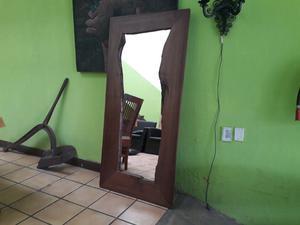 Espejo madera nogal