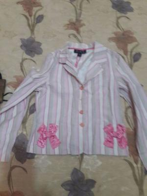 Saco morado y saco rosa
