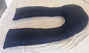 Almohada para embarazo y lactancia color morado