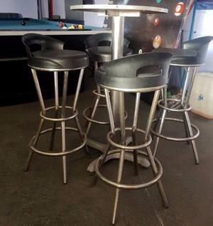 Lote de 200 Mesas y800 Sillas para Restaurante Bar