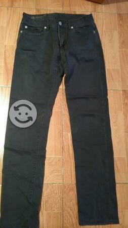 Pantalón marca Armani original