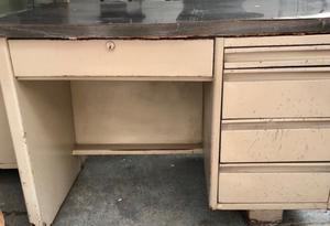 Venta de muebles de oficina usados