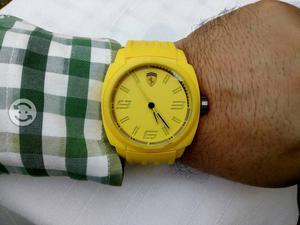 Reloj cuarzo ferari