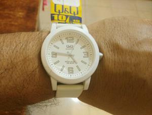Reloj q&q de moda